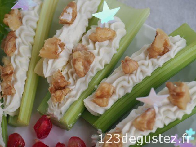 canapé celeri branche au roquefort
