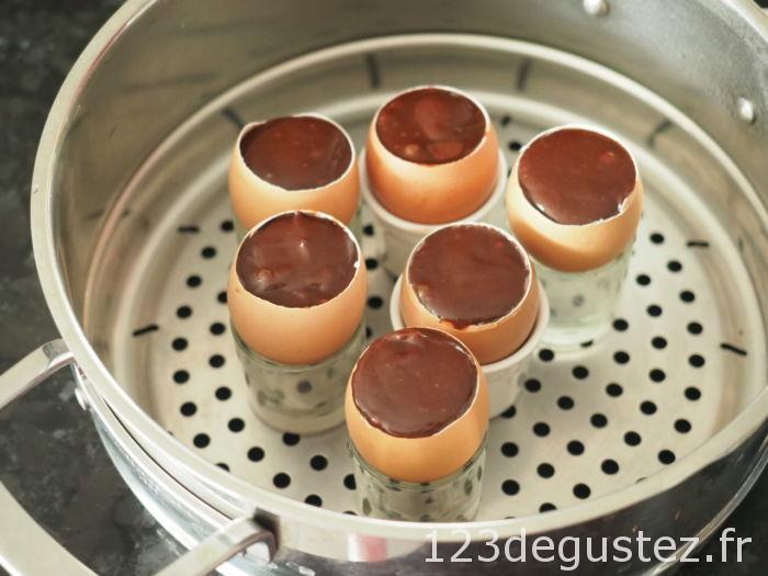 oeuf surprise au chocolat