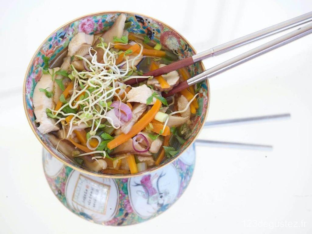 soupe au poulet et shiitake